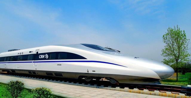 深圳首条无人驾驶地铁线年底通车列车 可自动唤醒